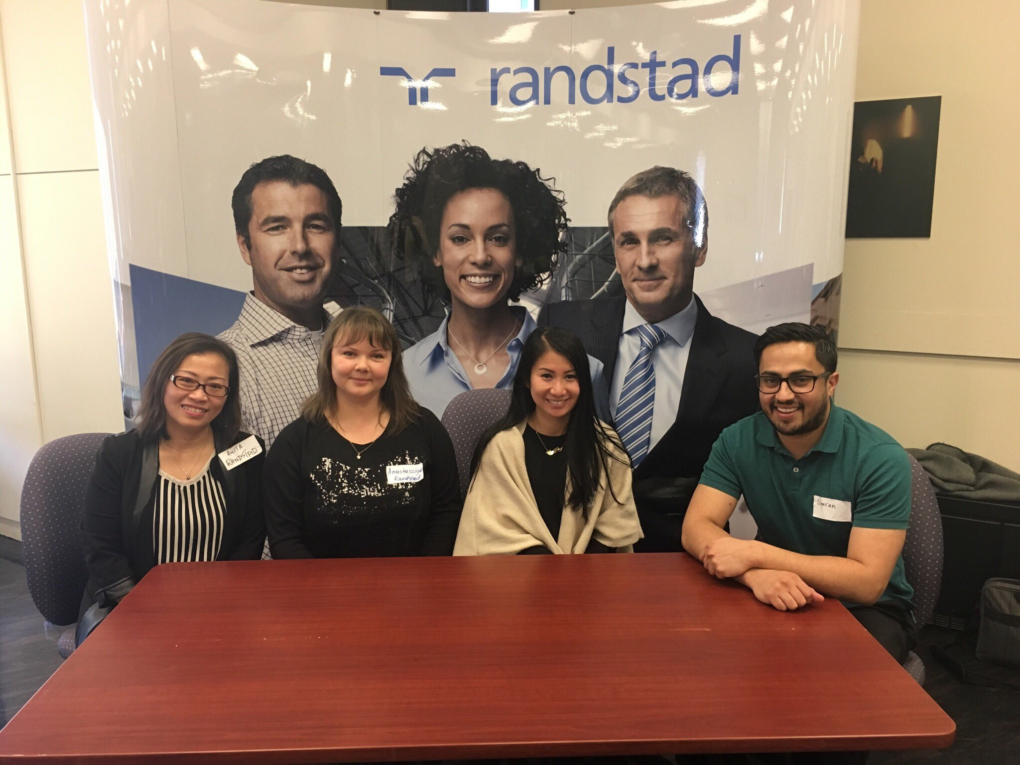 Come visit one of our sponsors @randstadtech at the 7th floor lounge to get more information on career opportunities #CodeAcrossTO https://t.co/cxg1AUrvML