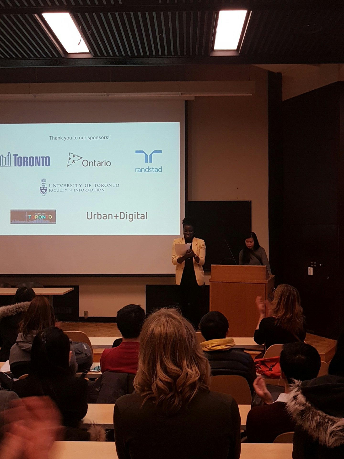 Wrapping up #CodeAcrossTO! Huge thank you to all today's hackers, and to the generous sponsors! #onpoli https://t.co/8F35fFL7mM