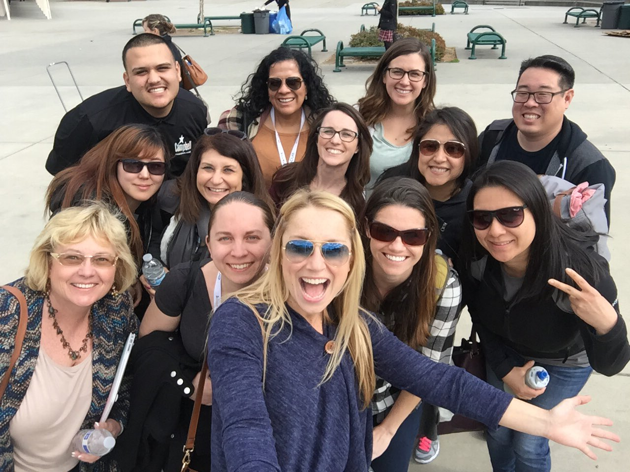 Some UHmazing #CUSDrockstar educators learning on a Saturday! Working hard for our @campbellusd Ss!! #svcue #cue https://t.co/kOEfoM6Wu7