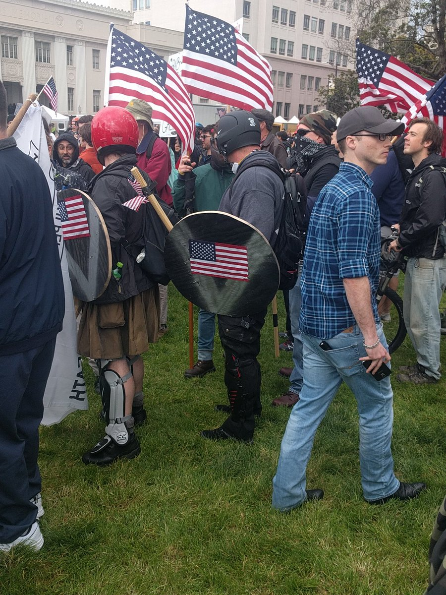 Helmets, clubs, masks on pro Trump side. #berkeleyprotests https://t.co/rr7zBTrK1g