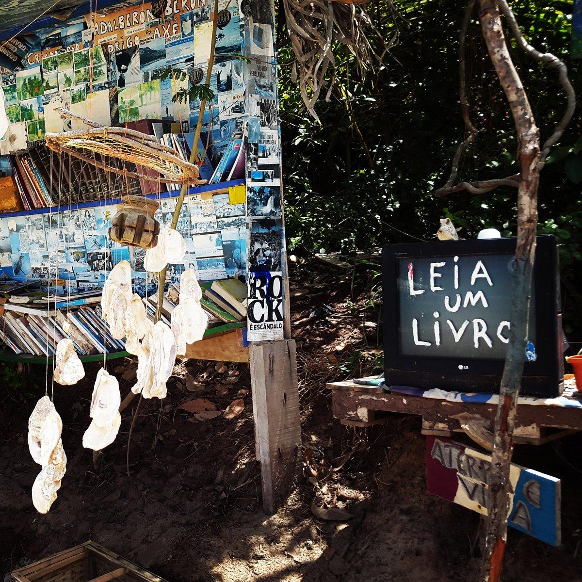 A library on the beach! Praia do Amor in Pipa #ReadABook #UrbanEquipment #publiclibrary #praiadoamor #Pipa  #publicspace #citiesforpleoplepic.twitter.com/0lcZG8n24q