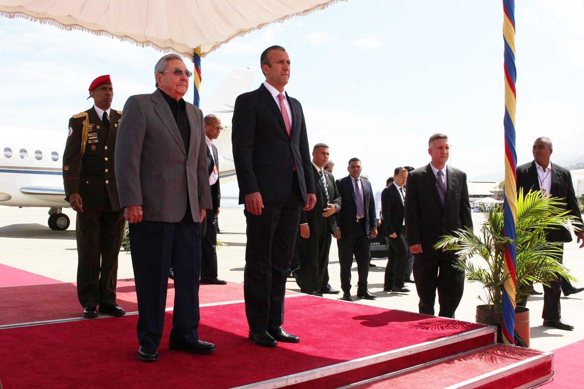 Llega Raúl a Venezuela para paricipar en IV Cumbre Extraorinaria del ALBA