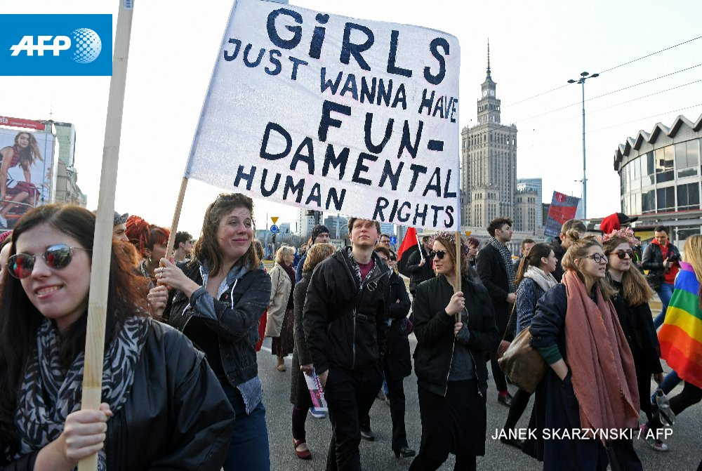 Warsaw protest march marks International Womens Day