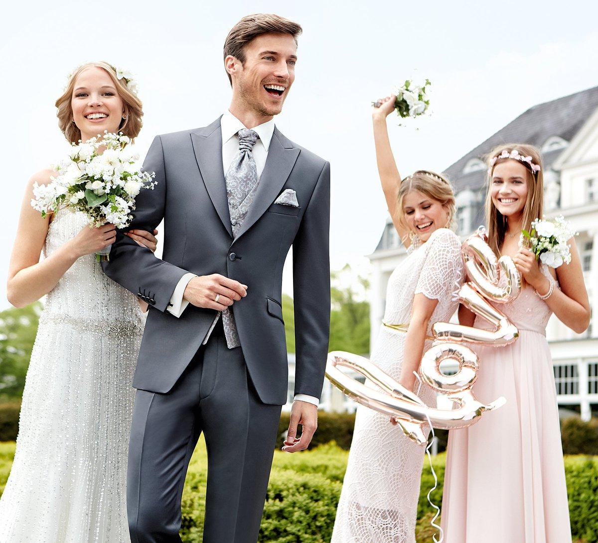 Happy Monday <3  #wilvorst #weddingsuit #hochzeitsanzug #hochzeit #weddingseason #echtemomente pic.twitter.com/g7sXWSRHtv