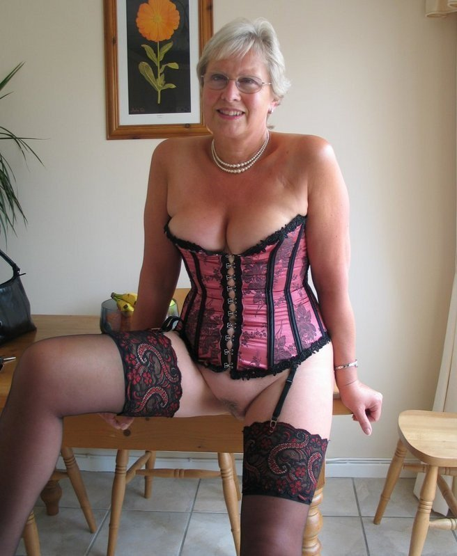 Yummy granny over 60 get fucked