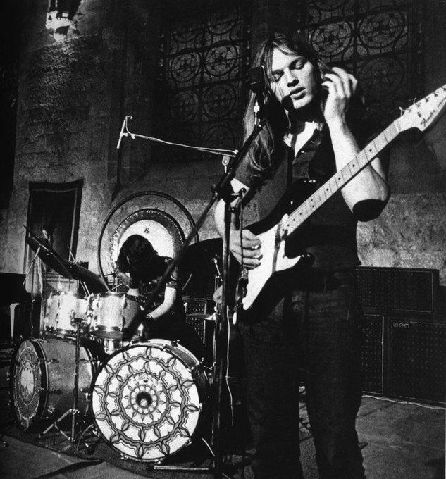 Happy Birthday David Gilmour!! Favorite or Gilmour tune....