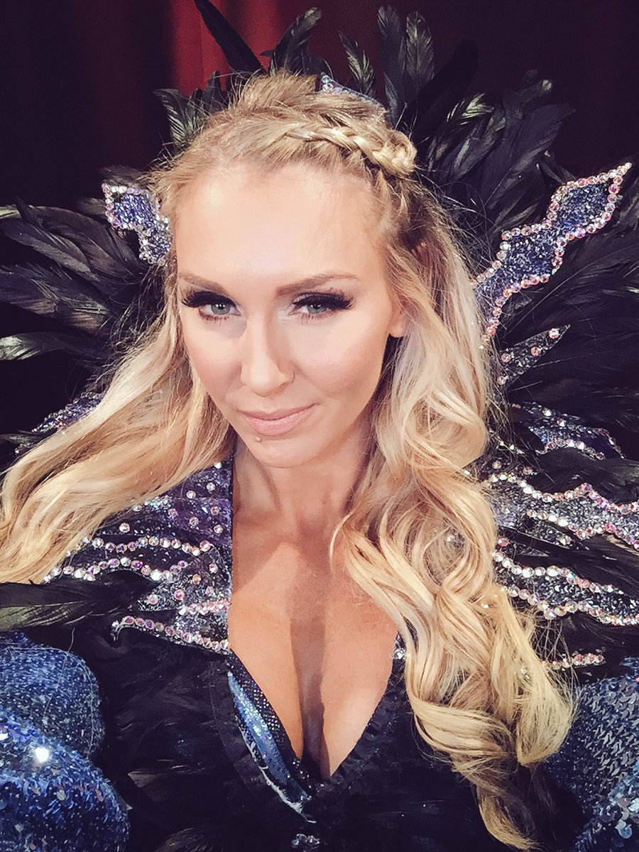 Topless Twitter Charlotte Flair naked photo 2017
