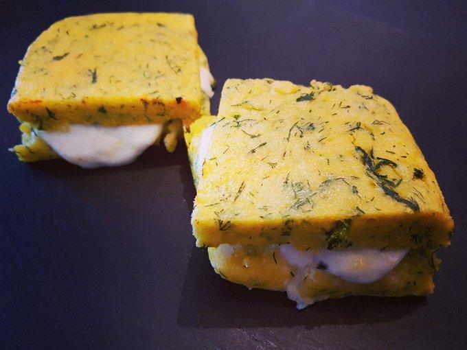 Cheesy polenta burgers