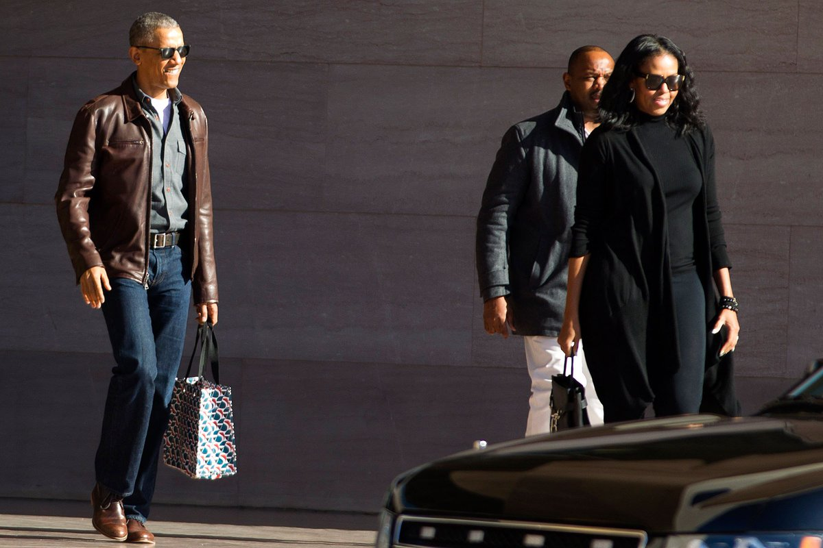 The full look! SHOES ON POINT. And is Michelle wearing leggings and a Rick Owens topcoat? This photo belongs in the MOMA.