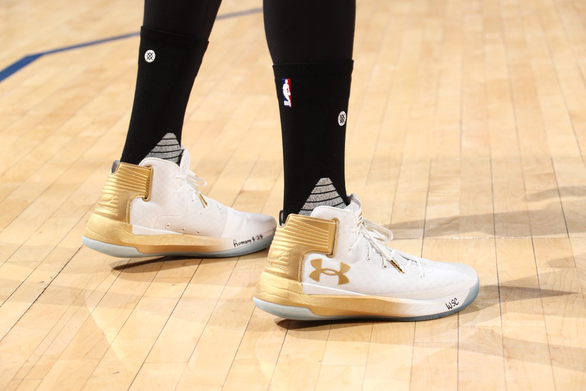 01aaf850c4c ... code for stephen curry debuted the ua curry 3zero last night. more in  the promo code 49.98 120.00 58 off under armour curry 3zero mens basketball  shoes ...