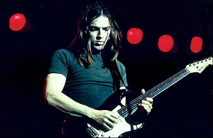 Happy birthday David Gilmour. Here\s a pic of him looking like me in high school.