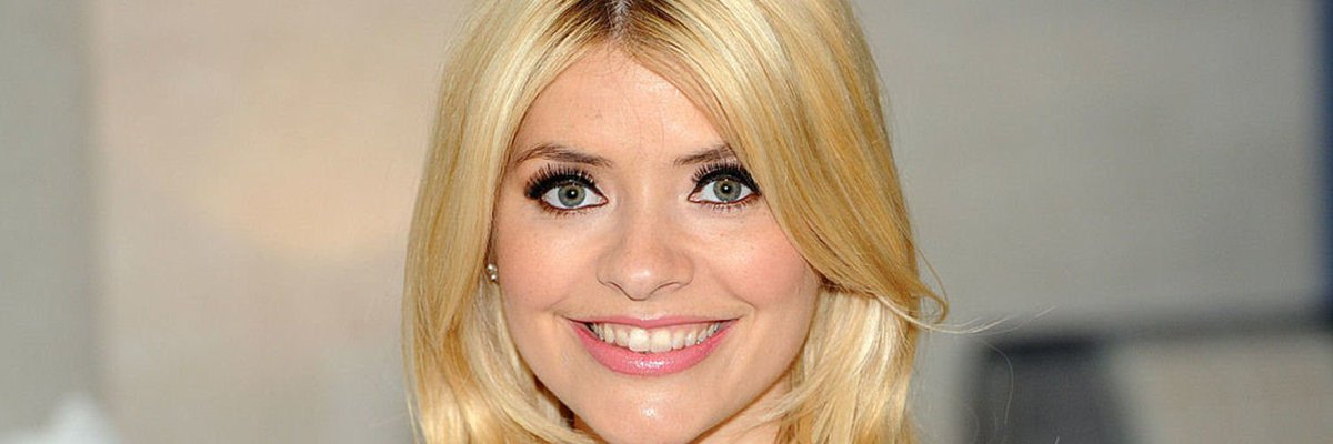 http://ow.ly/PX4V309m5rE One of our favourite celeb mums! @hollywills talks to @hellomag about her #mumlife #celebmums #hollywilloughbypic.twitter.com/T47IDR9pG4