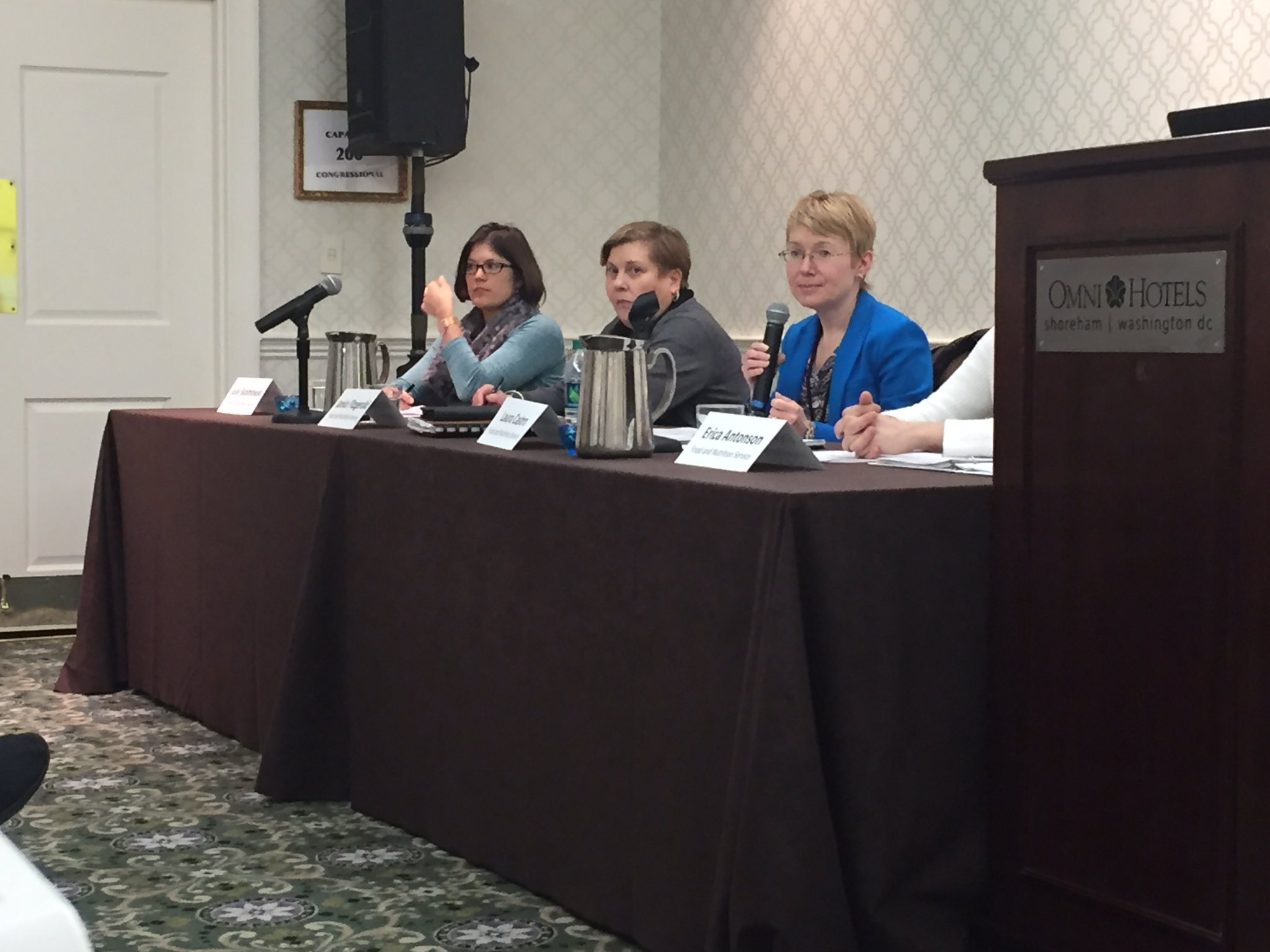 Thanks to @USDANutrition for briefing us on commodity food programs utilized by our food banks and clients. #hungerpc17  @FeedingAmerica https://t.co/KnTtMnQvWk