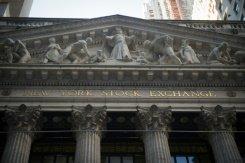 (Le Parisien):#Prise d&#39;un accès de prudence, #Wall Street finit en baisse : a terminé en..  https://www. titrespresse.com/article/253535 81612/prise-wall-street-prudence-baisse &nbsp; … <br>http://pic.twitter.com/4YnJ3D7bag
