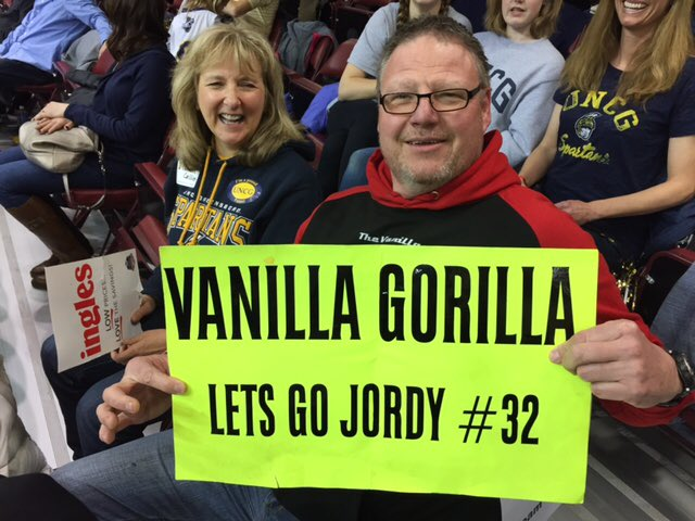 It's great to see some of our @UNCGBasketball parents at tonight's game, including @JordyKuiper's dad, Jan Kuiper. #letsgoG https://t.co/qvcyzeb3eU