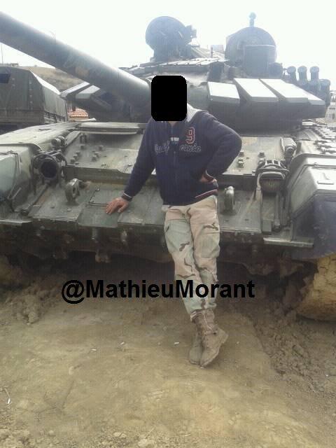 الجيش السوري يبدأ رسميا باستخدام دبابات T-72B  C6T9F7OWMAAOGio