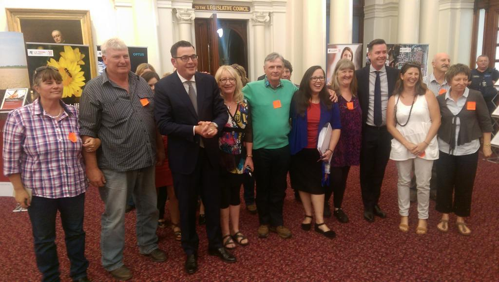 Theres a very happy crew at parliament. #VicGasBan has happened! Thanks @DanielAndrewsMP & Vic parliament https://t.co/LCNHsVg91V