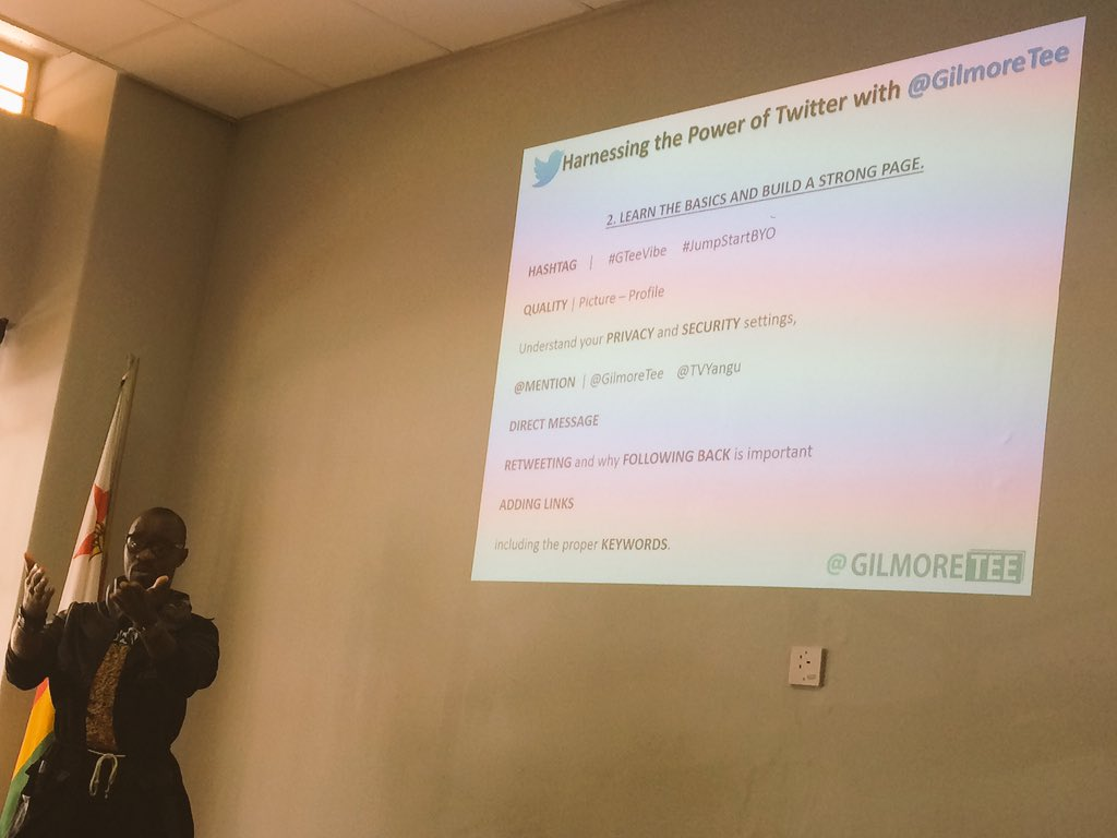 People on @twitter are more serious than those on @Facebook @Gilmoretee  #jumpstartbyo Masterclass https://t.co/BYI60JWaFK
