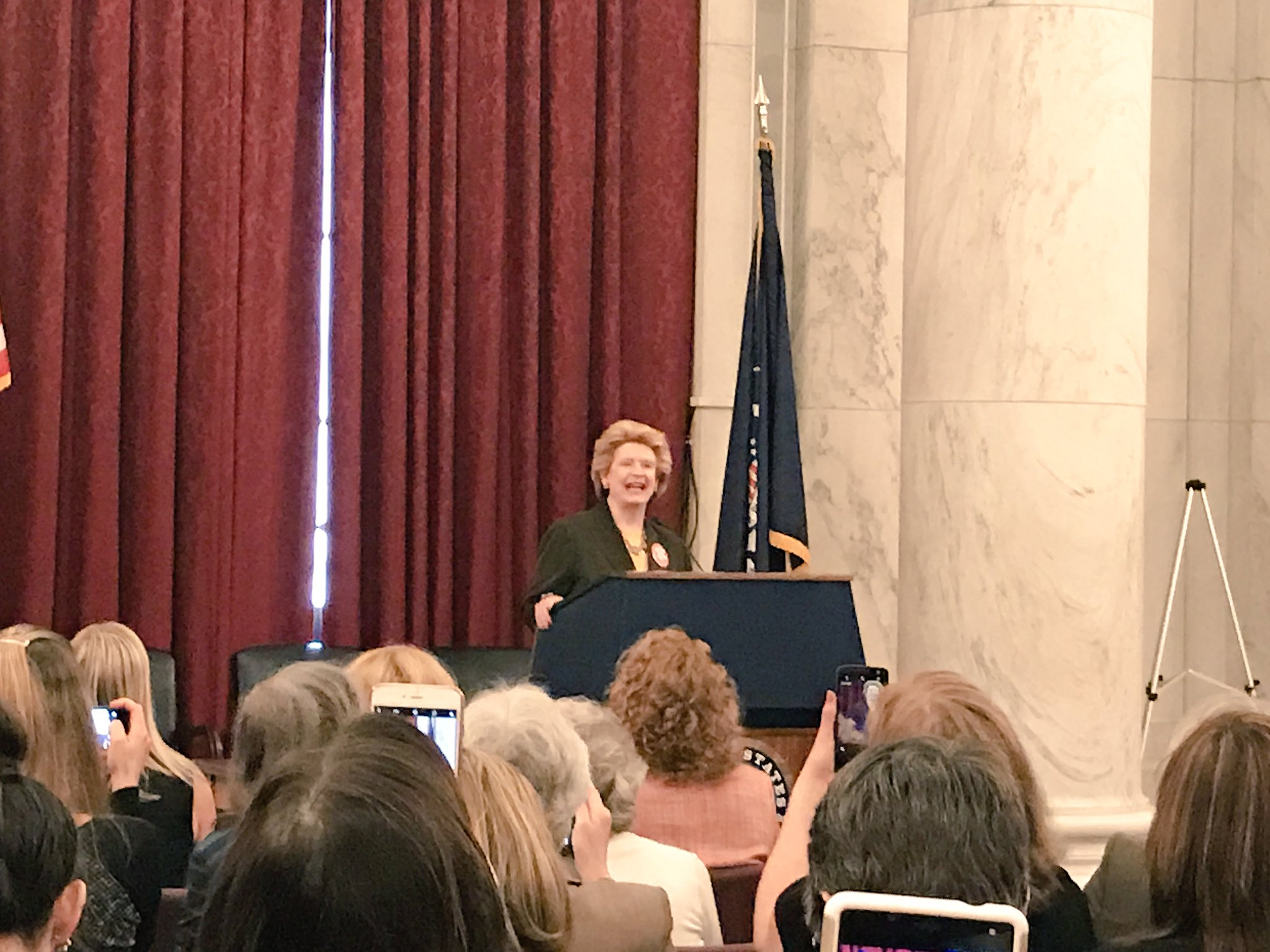 """""""Now is the time to be loud."""" Thank you, @SenStabenow! #hungerpc17 #EndHungerNow https://t.co/Is2Ry7XHOC"""