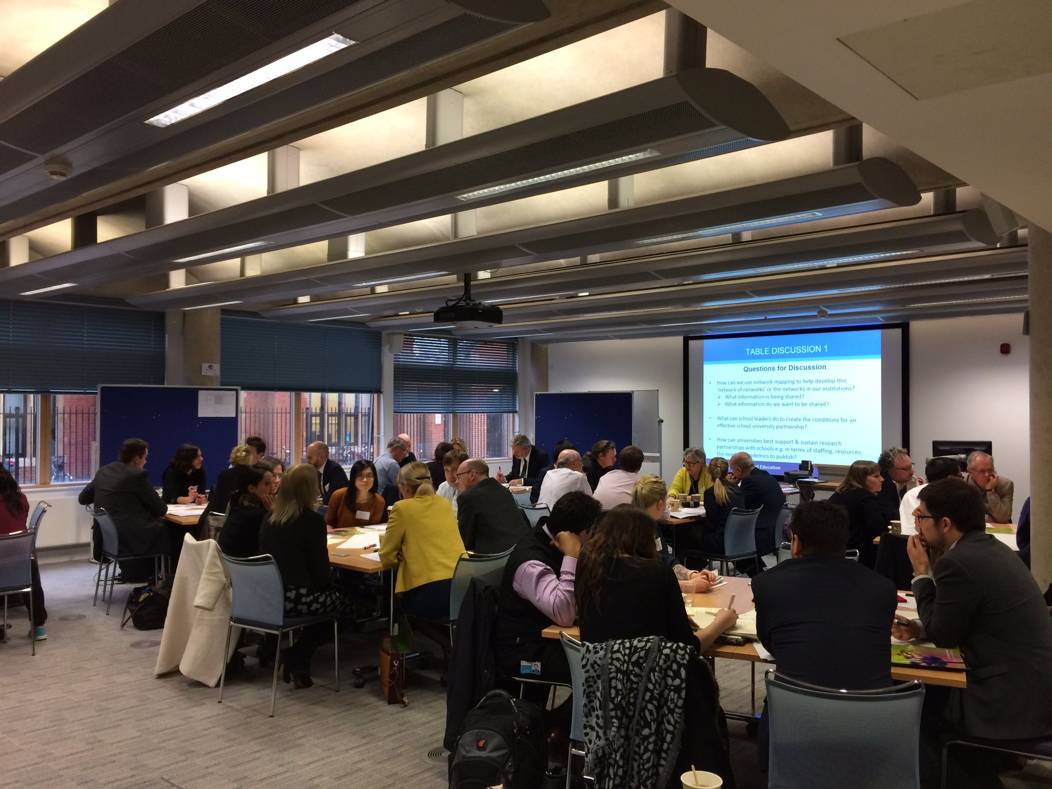 Packed room @CambridgeEdFac for 4th symposium of research leads network hosted by @SUPER_Network #SUPresearchleads https://t.co/KeZeAycQCq