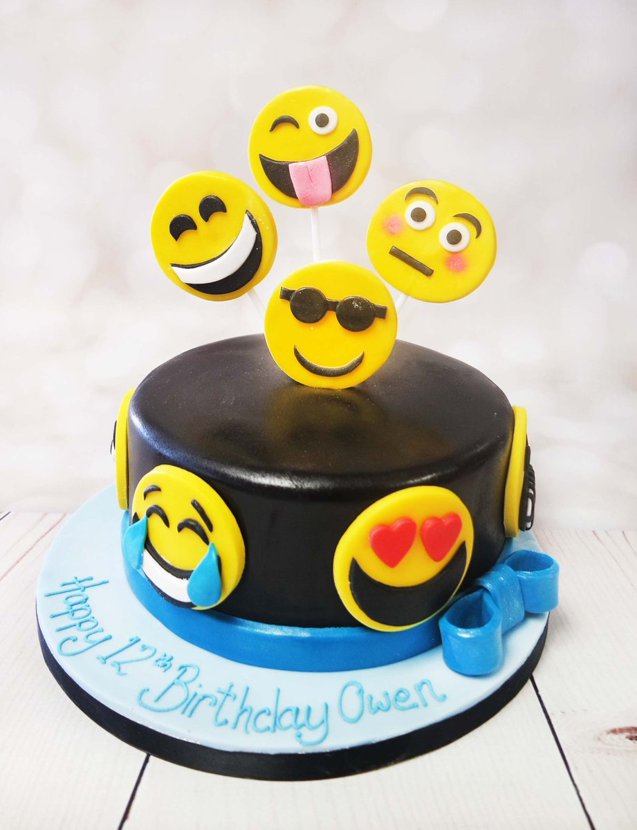 Crafty Cakes On Twitter Fun Emoji Cake To Suit Any Age The Black