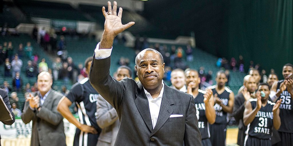 NEWS: Gary Waters retires as the winningest coach in @CSU_Basketball  history.   📰 https://t.co/HKwNQSlG2l https://t.co/iKKvOZ9DzS