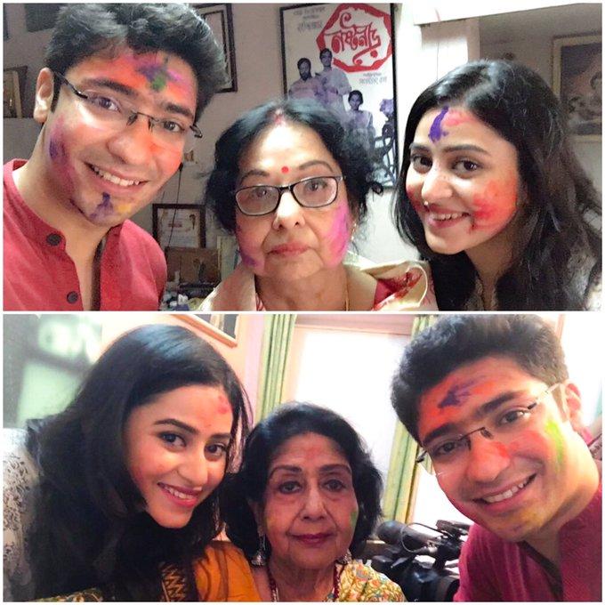 Wonderful day spent with these lovely ladies! #legends #madhabimukherjee #sabitrichatterjee #holishoot https://t.co/gBst0sPbsN