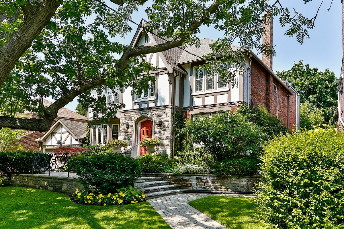 Here's a look at Toronto's real estate history. https://t.co/w4cMReTjfb https://t.co/Th9Duy8Wx0