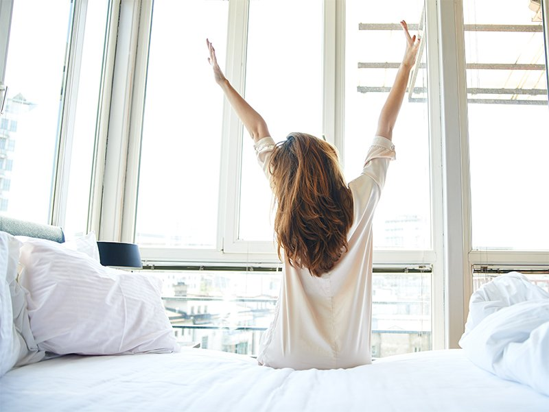 5 #Healthy Ways to Start Your Day | @runandlivehappy #wellbeing #WednesdayWisdom |  http:// bit.ly/2lWCBDk  &nbsp;  <br>http://pic.twitter.com/wH3GJ5FMAt