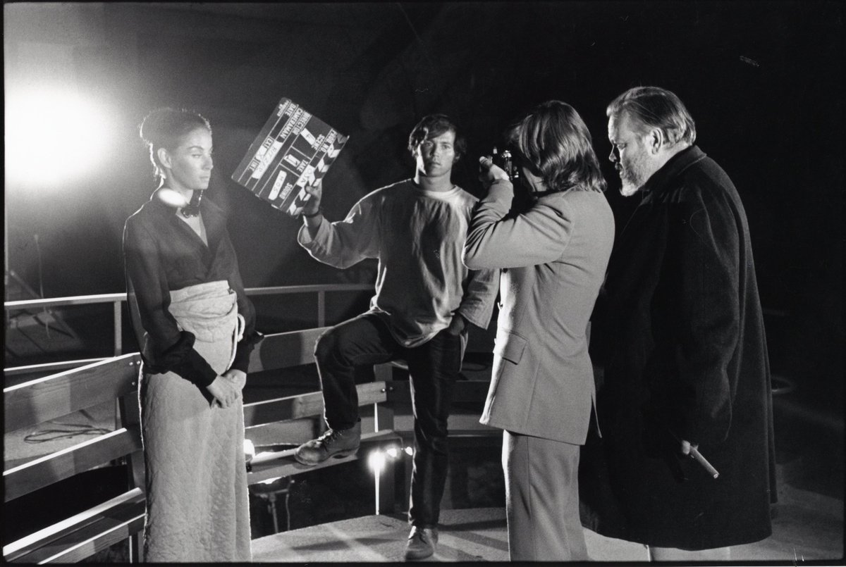 RT @LeDoctor Thrilled to finally get into the cutting room & finish THE OTHER SIDE OF THE WIND. That's me with the slate (and hair) #OrsonWelles @netflix