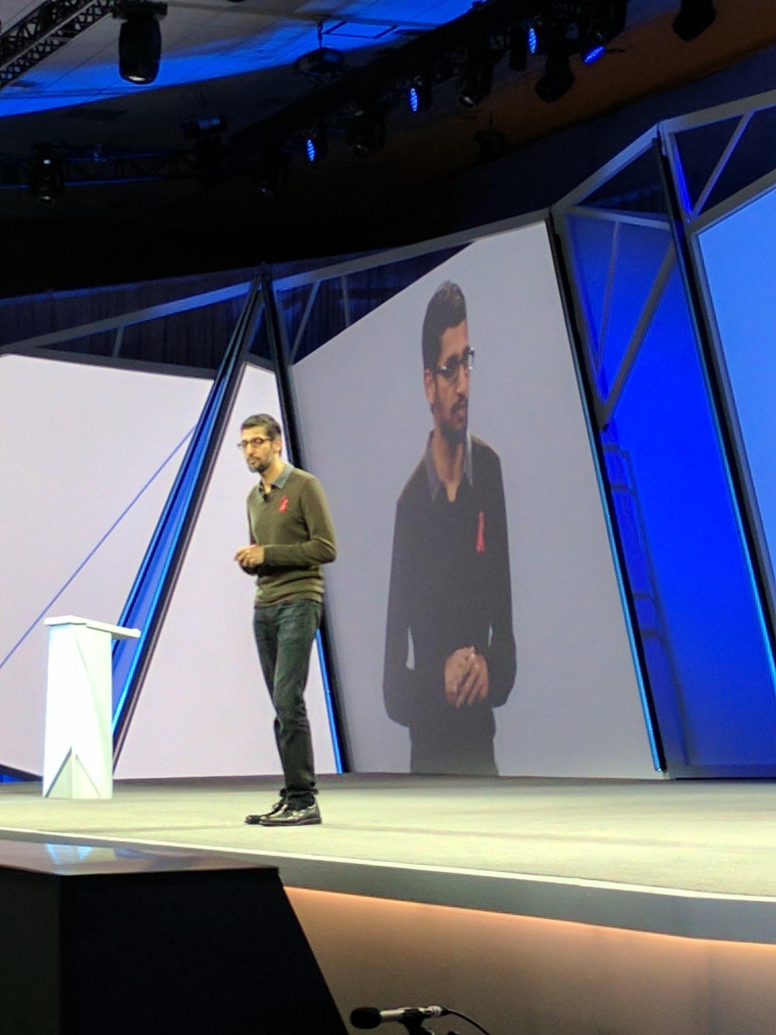 Next up -  @sundarpichai - quotes @Google mantra - making sense of the world data. #GoogleNext17 https://t.co/a3oR96OU1F