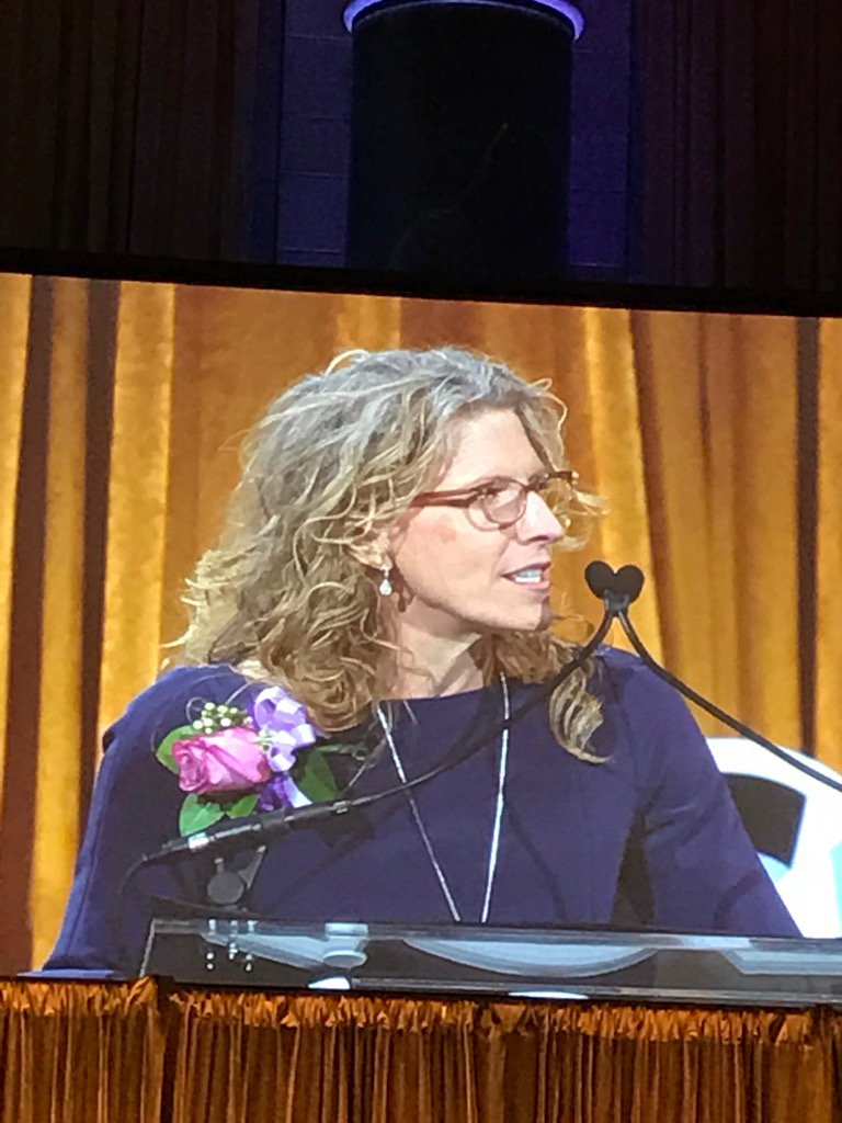 """""""Real transformation takes time!""""'  Kriss Deiglmeier CEO Tides at United Way of NYC.  #spreadthewords #powerofwomen https://t.co/PPnG8QGo9K"""