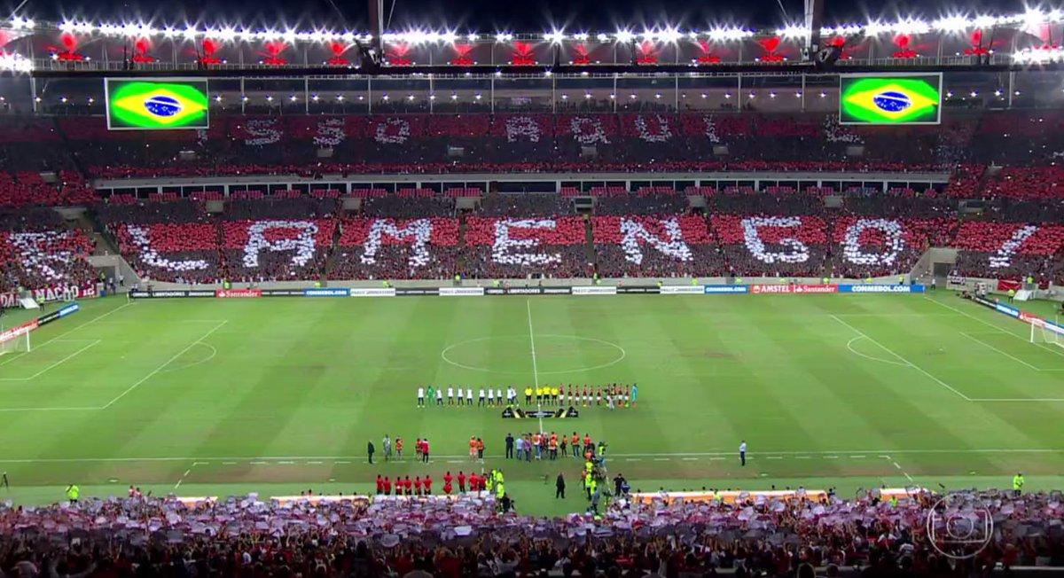 Flamengo prevê estádio cheio em abril e renda de R 100 mi; oposição debate