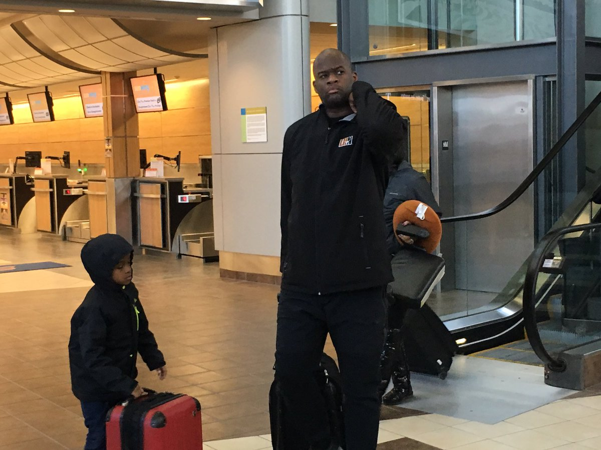 Look who is in Regina. #vinceyoung https://t.co/O3890X5t1m