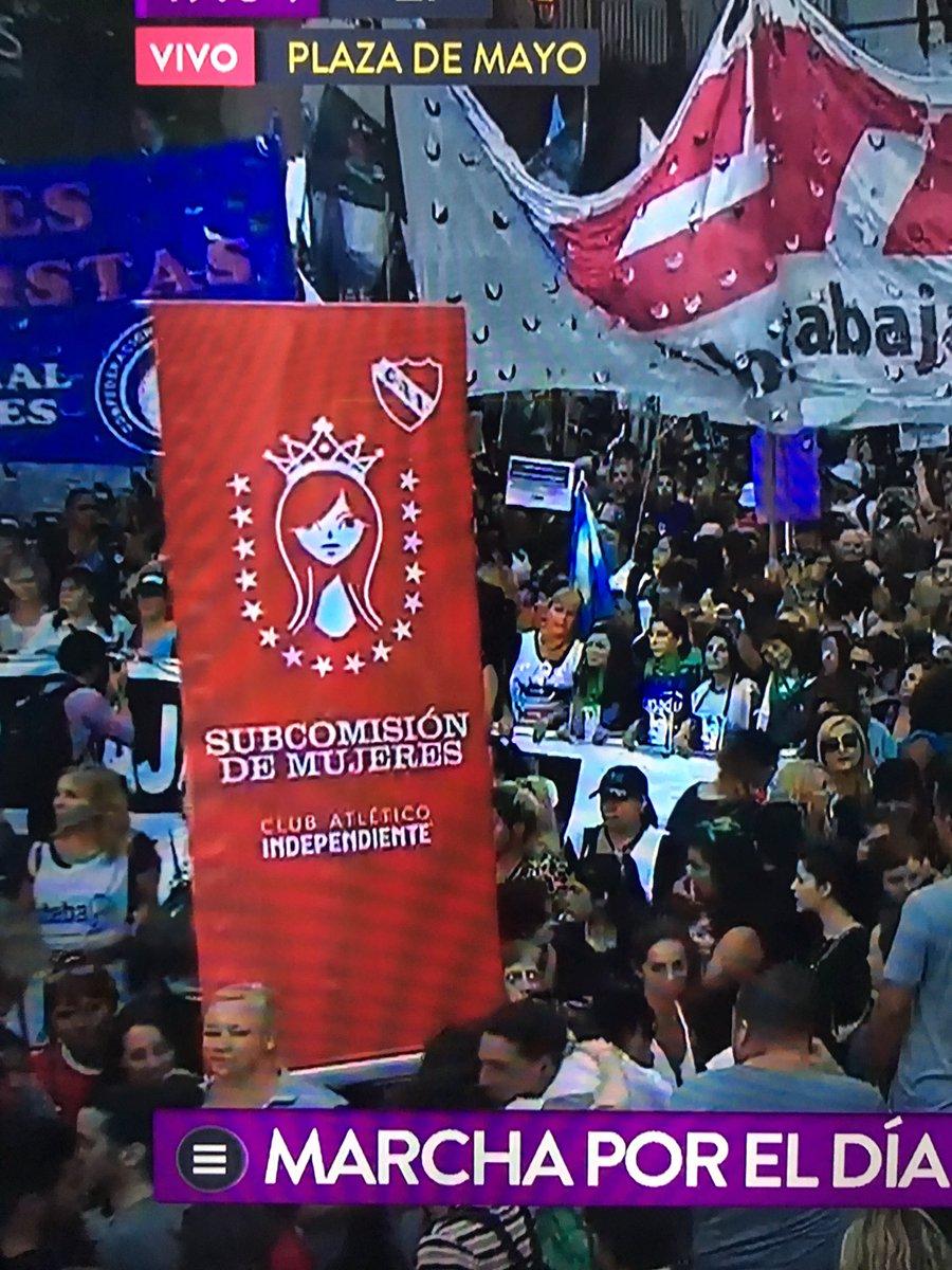 Las mujeres de Independiente, marcharon