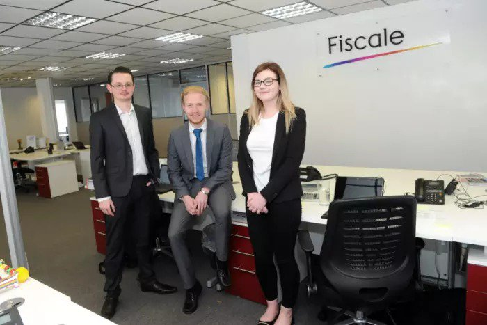 Haverhill apprentices benefit from earning and learning at the same time #Fiscale #NationalApprenticeWeek #Haverhill  http://www. haverhillecho.co.uk/news/haverhill -apprentices-benefit-from-earning-and-learning-at-the-same-time-1-7855608 &nbsp; … <br>http://pic.twitter.com/45QkbmL9f5