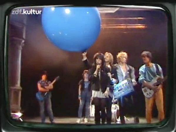 Cosmic Courier On Twitter NENA 99 Luftballons German TV Munich