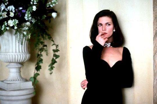 Happy birthday Linda Fiorentino!