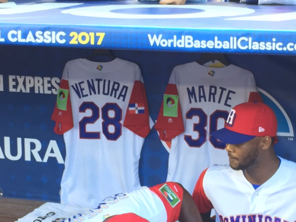 Dominican dugout will honor two fallen players throughout the @WBCBaseball. #espndeportes https://t.co/vLgKh2pNeC