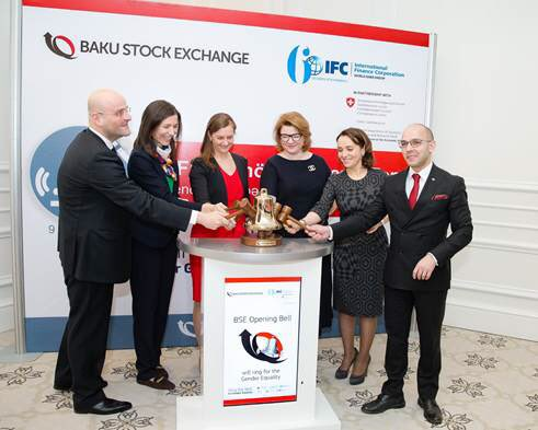 .@IFC_org, #Baku Stock Exchange ring the bell for gender equality #genderbell #CorpGov @WBG_Gender https://t.co/hoRQYmWMQQ