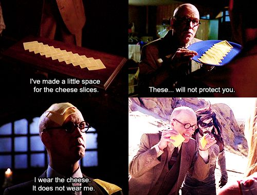 "18) #20ThingsILoveAboutBuffy  ""Restless"" had SO MUCH FORESHADOWING. ""Counting down to 730"" https://t.co/iwA5FC7KOj plus rando Cheese Guy https://t.co/ni54ytWnJw"