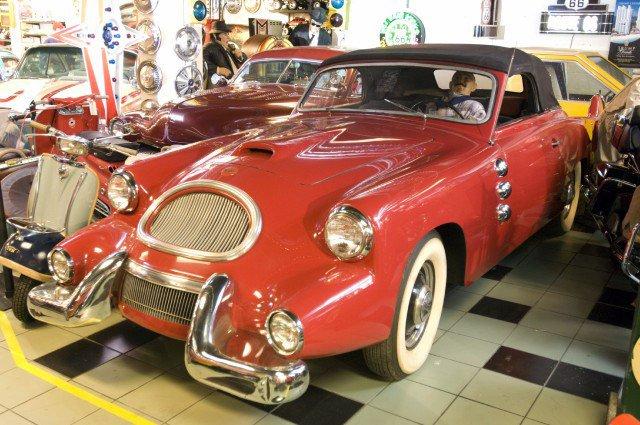 Spohn Convertible (1957) http://oldconceptcars.com/1930-2004/spohn-convertible-1957/…