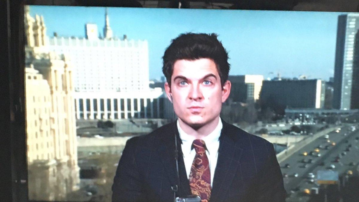 Strax live i @ExpressenTV om Ryssland! Känner inte direkt att mitt försök att, efter igår, se piggare ut var bättre men nästa gång då jäklar