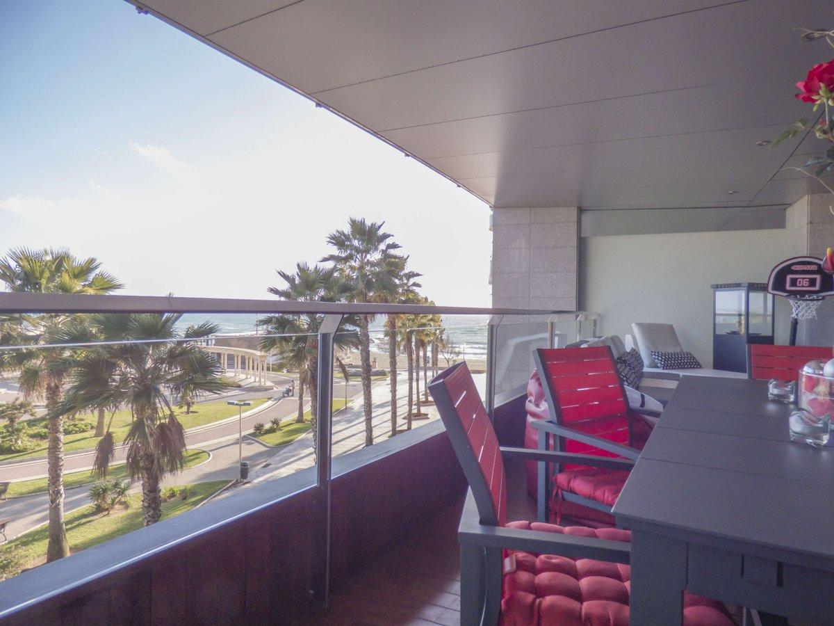 Spektakuläre erste Linie #Wohnung in #Portixol, #Mallorca. Gemeinschaftspool, Paddelplatz und Kinderspielplatz.  http:// ow.ly/IGez309ELuO  &nbsp;  <br>http://pic.twitter.com/nZitlKqoqH