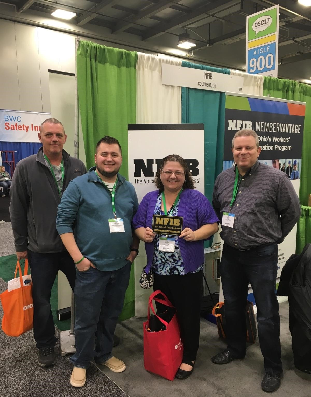 Great @OhioBWC Safety Congress - Liniform Service from Barberton, @NFIB member for 22 years, stopped by our booth. Great to see them! https://t.co/6ebQgCvGay