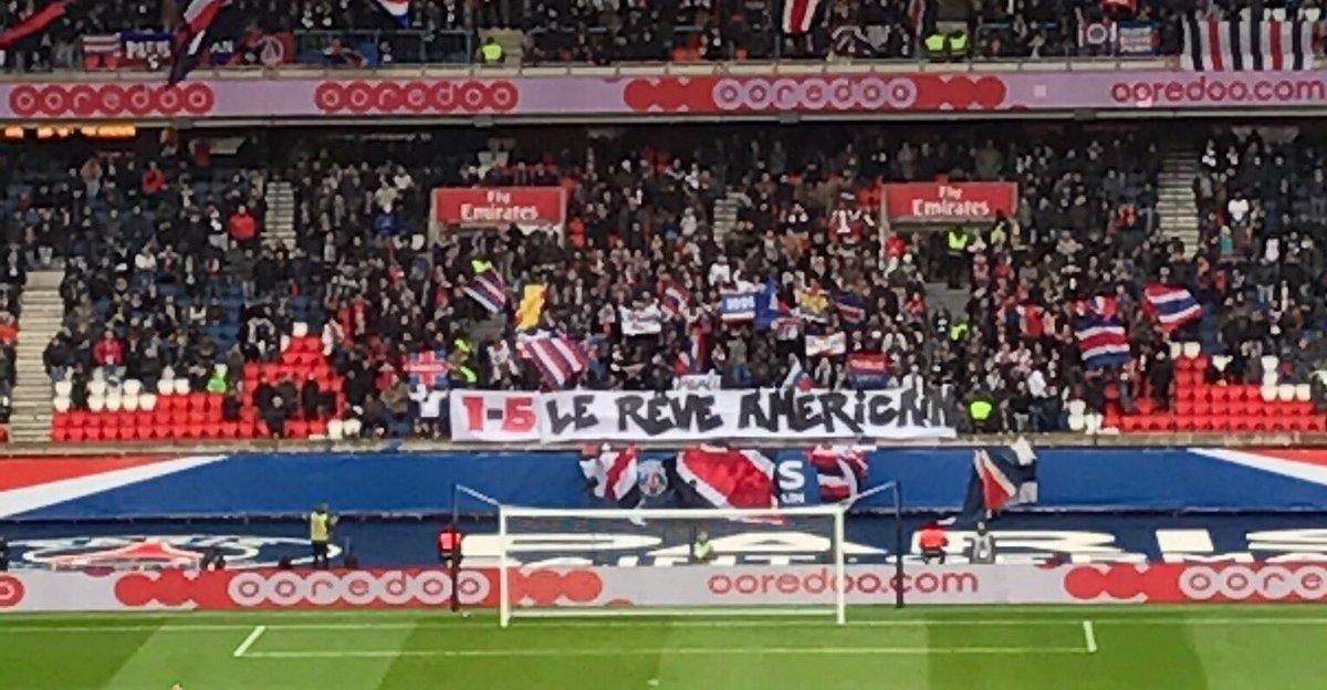 #OM le Velodrome répond à la banderole des supporters du PSG au parc Des princes après élimination par Barcelone 6-1 rêvons +grand  #FBsport