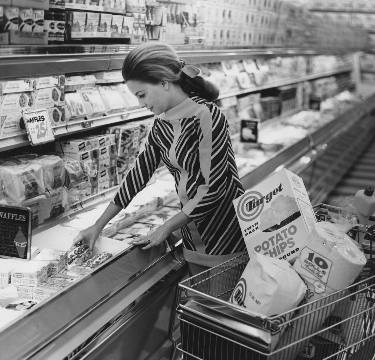 Wandering from your list since 1960. 😉 #FlashbackFriday https://t.co/C...