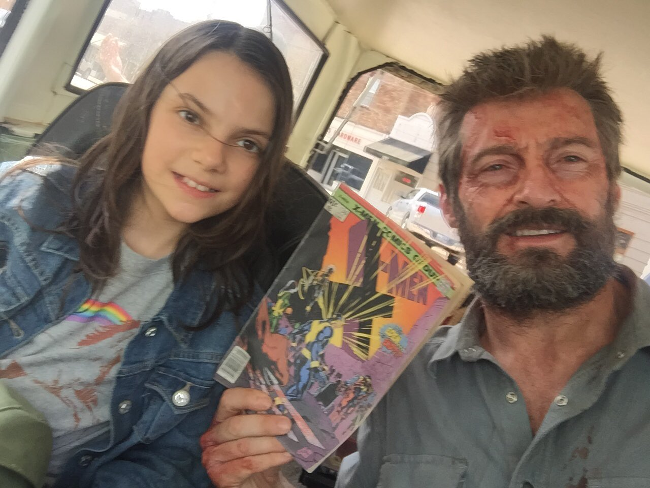 Guess who won this battle. Introducing the awesomely talented  @DafneKeen @WolverineMovie @20thcenturyfox https://t.co/c0SFq1bel6