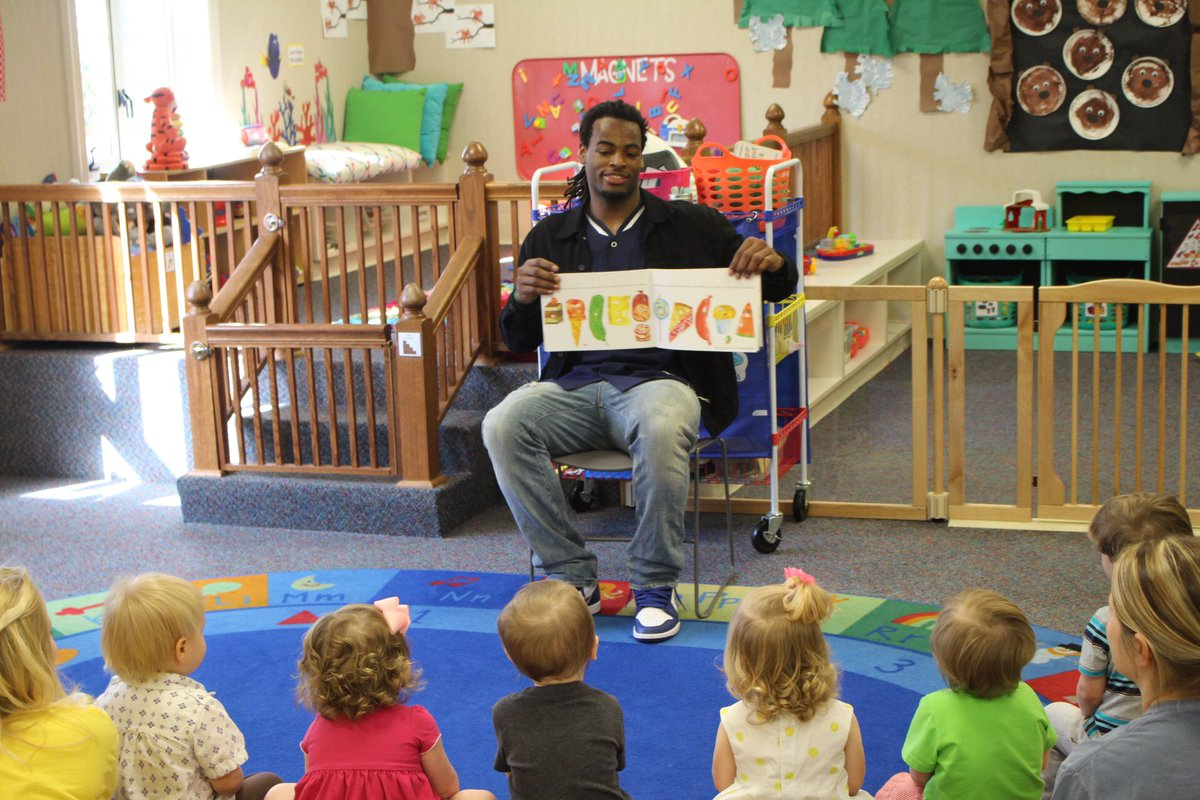 Najee Harris stoppped by The Rise School in Tuscaloosa to read to the...