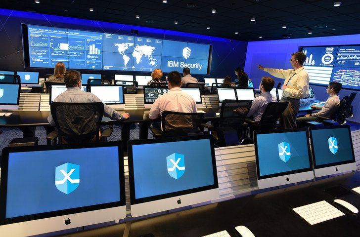 Cyber Attacks at IBM Security's Cyber Range #IBM #cyberattaques  Read Full Story:   http:// techshaker.com/2017/03/11/mor e-than-600-visitors-across-a-dozen-industries-have-trained-for-cyber-attacks-at-ibm-securitys-cyber-range/ &nbsp; … <br>http://pic.twitter.com/7TG080DTpR